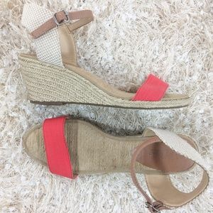 Lucky Brand Kavelli 9M wedge sandal ankle strap